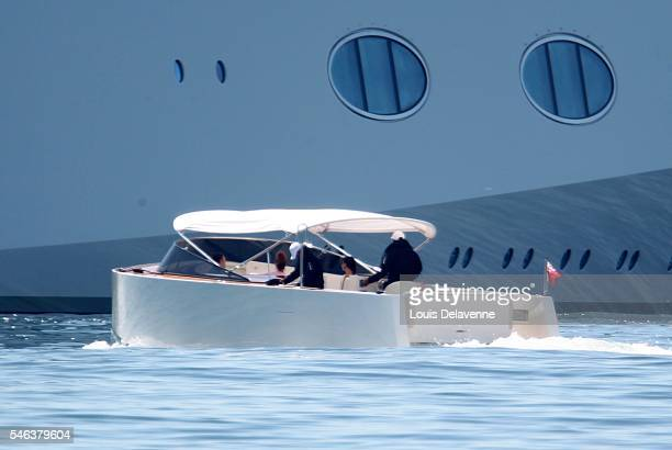 EXCLUSIVE Malibu California August 31 2010 Andrey Melnichenko and his wife Aleksandra Nikolic Melnichenko welcome friends onboard of their 300...