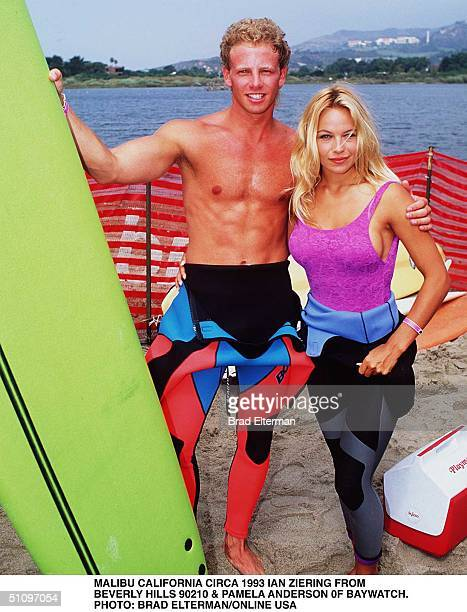 Malibu Circa Pamela Anderson From Tv Series Bay Watch And Ian Ziering From Beverly Hills 90210 Ian Is Giving Pamela Her First Surf Lesson