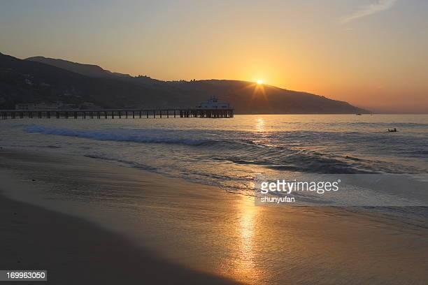 Malibu: Pier Sunrise