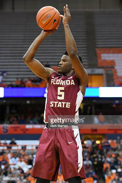 Malik Beasley of the Florida State Seminoles shoots the ball against the Syracuse Orange during the first half at the Carrier Dome on February 11...