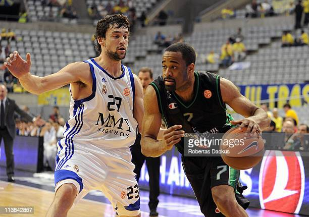 Malik Hairston #7 of Montepaschi Siena competes with Sergio Llull #23 of Real Madrid in action during the 3rd Place Playoff Turkish Airlines Final...