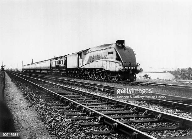 Mallard' 462 steam locomotive 1938 Mallard and the dynamometer car stand at Barkston on Sunday 3 July 1938 only minutes away from the run that...