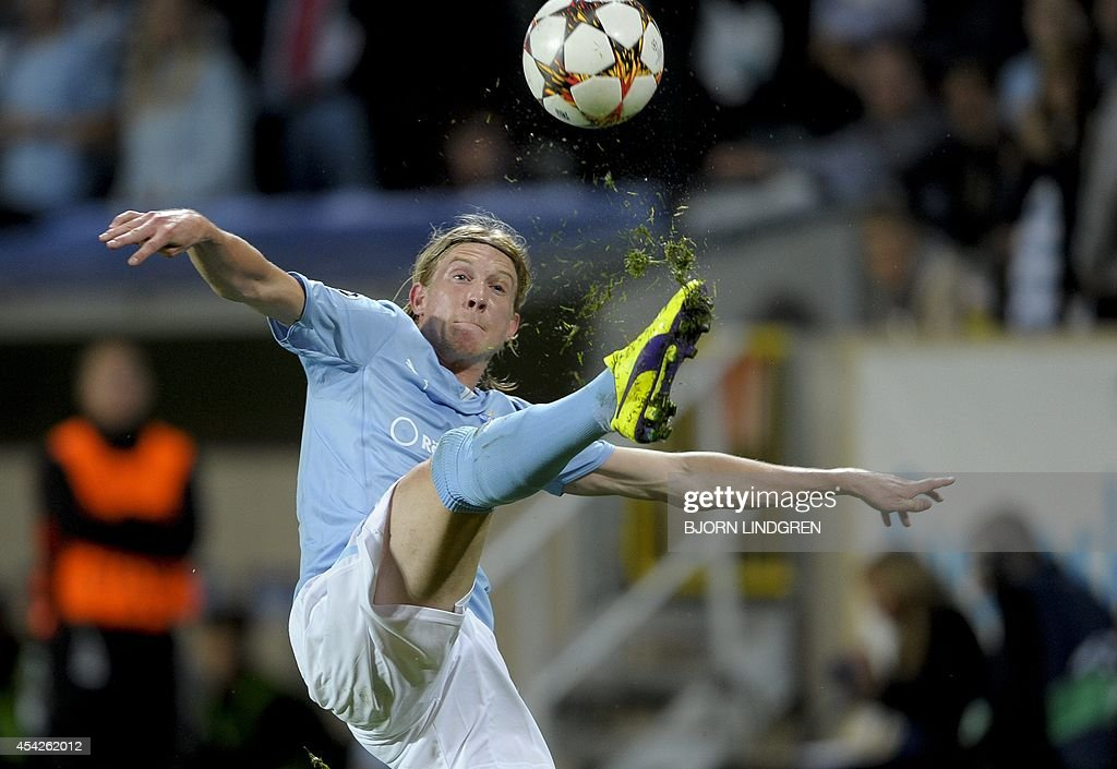 Malmo's Simon Kroon controls the ball during the UEFA Champions League play-off second leg football match between Malmo FF and FC Red Bull Salzburg at the Malmo New Stadium on August 27, 2014 in Malmo.