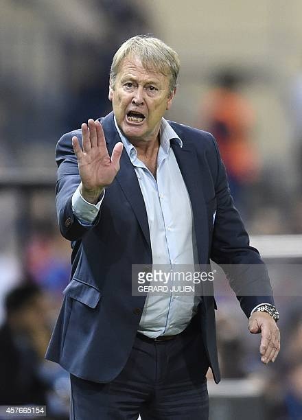 Malmö's Norwegian coach Age Hareide gestures during the UEFA Champions League football match Club Atletico de Madrid vs Malmo FF at the Vicente...