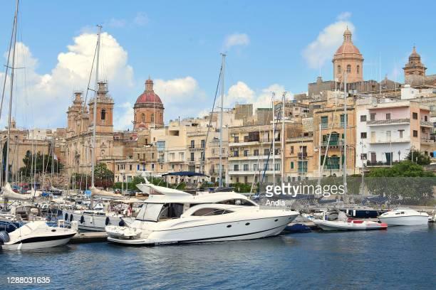 Town of Bormla Cospicua, facing Valletta.