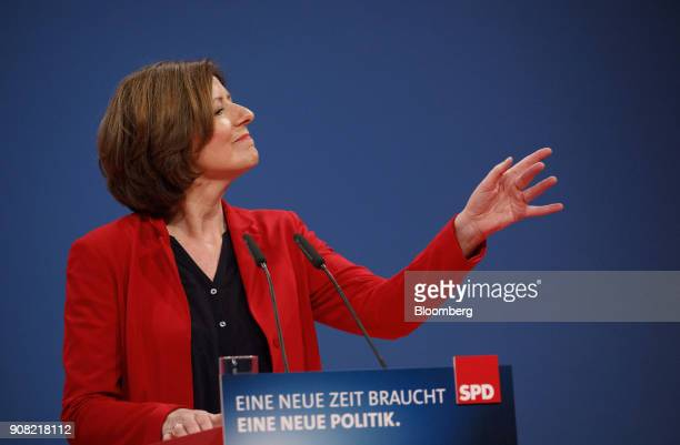 Malu Dreyer, state leader of Rhineland Palatine for the Social Democrat Party , speaks during a party conference in Bonn, Germany, on Sunday, Jan....