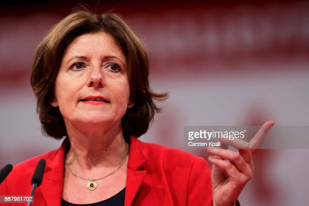 Malu Dreyer, vice-chairwoman of the of the German Social Democrats , speaks at the federal party congress on December 7, 2017 in Berlin, Germany. SPD...