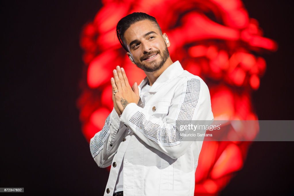 Maluma performs live on stage at Espaco das Americas on November 9, 2017 in Sao Paulo, Brazil.