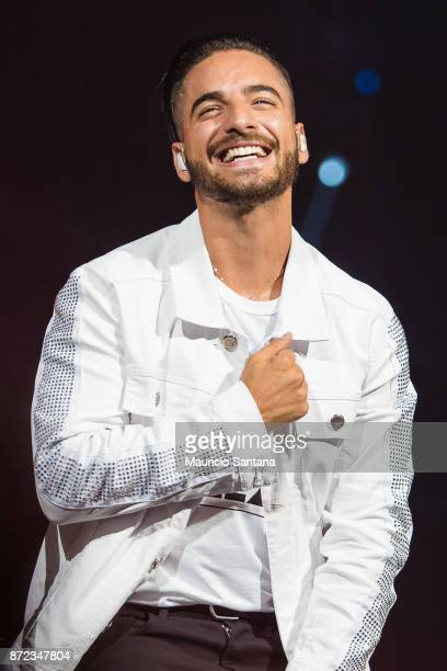 Maluma performs live on stage smiling at Espaco das Americas on November 9 2017 in Sao Paulo Brazil