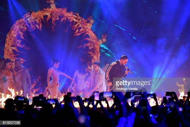 Maluma performs on stage during Univision's 'Premios Juventud' 2017 Celebrates The Hottest Musical Artists And Young Latinos ChangeMakers at Watsco...