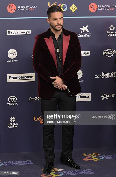 Maluma poses for a photocall during the Los 40 Music Awards 2016 held at the Palau Sant Jordi on December 1 2016 in Barcelona Spain