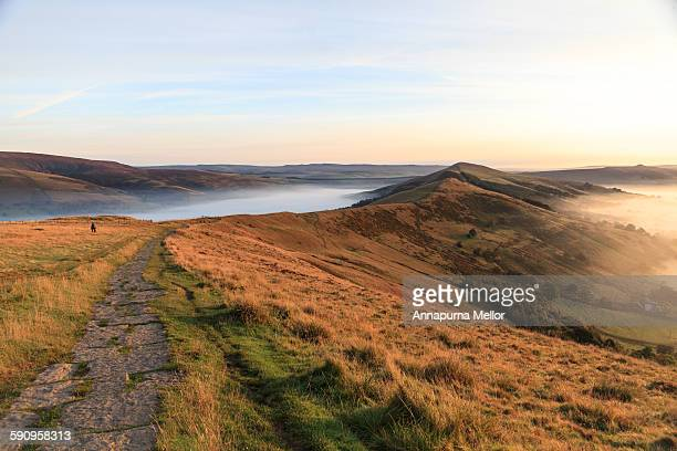 mam tor ridge at sunrise, peak district, england - ridge stock pictures, royalty-free photos & images