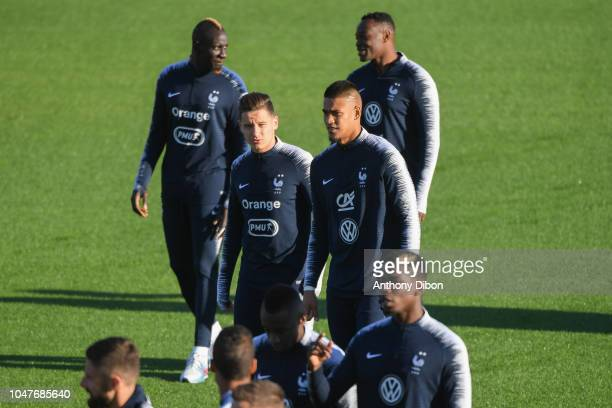 Mamadou Sakho Steve Mandanda Florian Thauvin and Alphonse Areola of France during the training session at Centre National du Football on October 8...