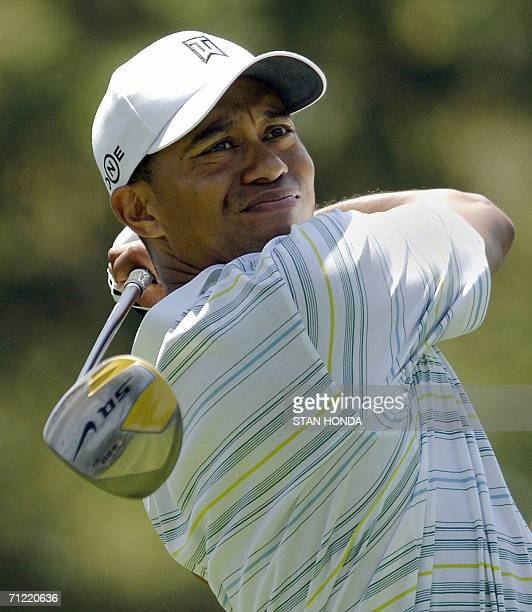 Tiger Woods of the US hits a drive on the 6th tee during the second round of the US Open Championship 16 June 2006 at Winged Foot Golf Club in...