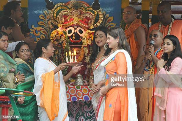 Mamata Banerjee Chief Minister of West Bengal along Indian Actress Rituparna SenguptaKoyal Mallick and Sravanti at the inauguration the ISKON 45th...