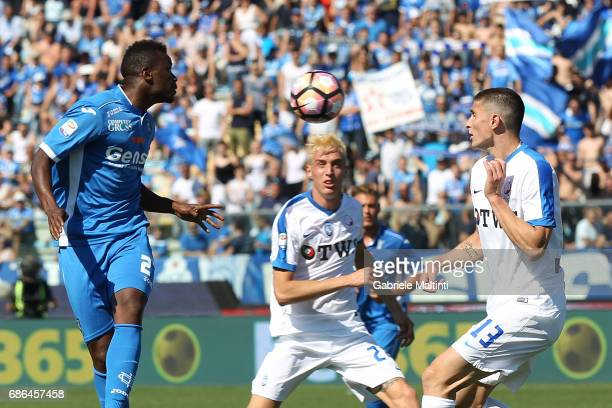 Mame Baba Thiam of Empoli FC in action during the Serie A match between Empoli FC and Atalanta BC at Stadio Carlo Castellani on May 21 2017 in Empoli...