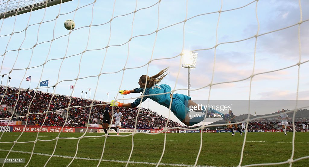 Mami Ueno of Japan scores a goal during the FIFA U-20 Women's World Cup, Third Place Play Off match between USA and Japan at National Football Stadium on December 3, 2016 in Port Moresby, Papua New Guinea.