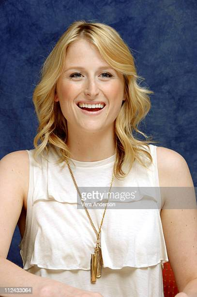 Mamie Gummer during Evening Press Conference with Michael Cunningham Natasha Richardson Mamie Gummer Claire Danes and Vanessa Redgrave at Regency...
