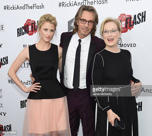 Mamie Gummer Rick Springfield and Meryl Streep attend the New York premier of Ricki And The Flash at AMC Lincoln Square Theater on August 3 2015 in...