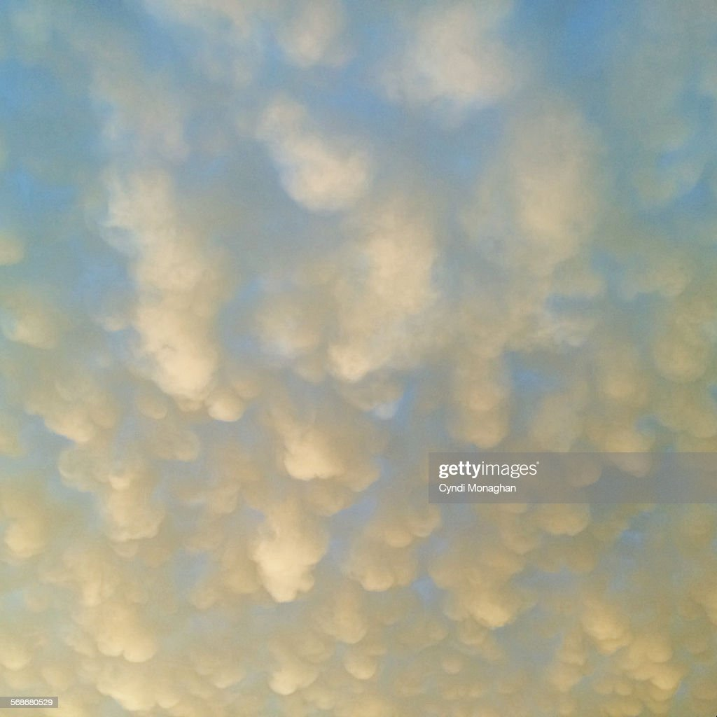 Mammatus Clouds : Stock Photo
