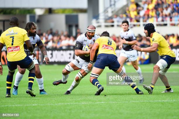Mamuka Gorgodze of Toulonand Damien Chouly of Clermont during the Top 14 match between Clermont and Toulon on September 3 2017 in ClermontFerrand...