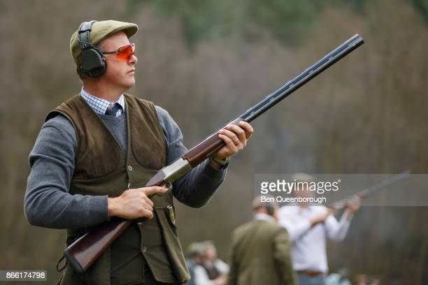 Worlds Best Skeet Shooting Stock Pictures Photos And