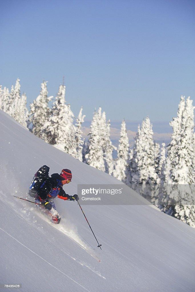 Man alpine skiing in Canada : Stockfoto