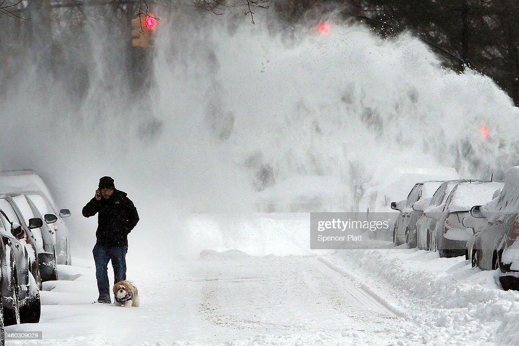 Winter Snow Storm Hammers Northeastern US : News Photo