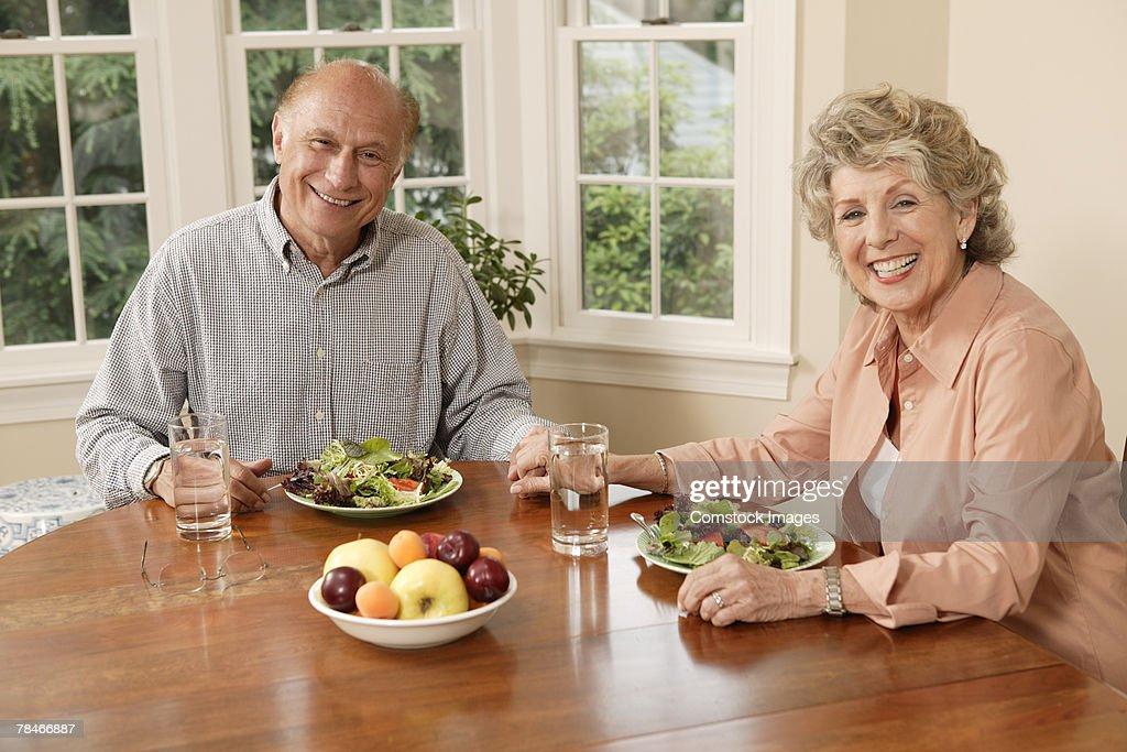 как правильно худеть пожилым людям