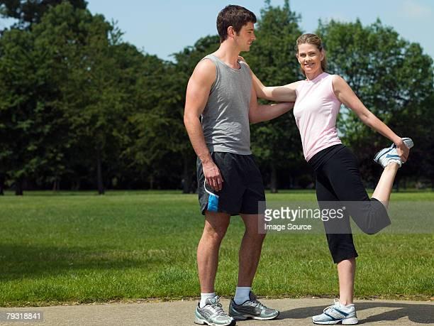 Un homme et femme waming