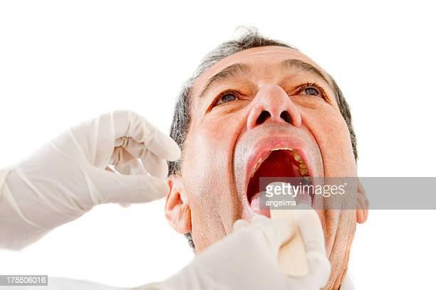 mann im zahnarzt - abszess stock-fotos und bilder