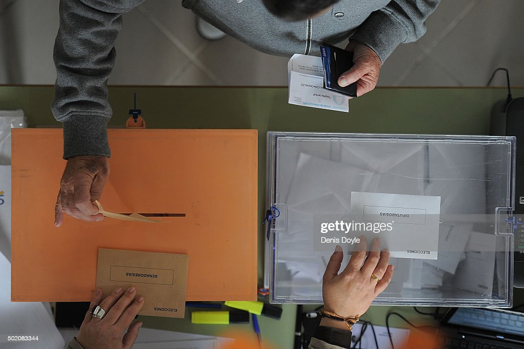 Spain Holds General Elections : News Photo