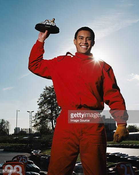Homme célébrant de race track