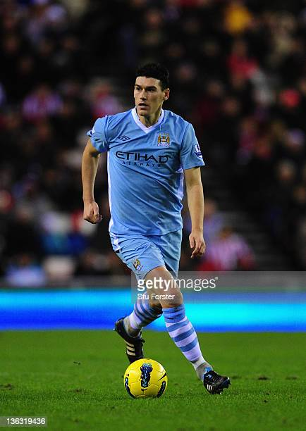 Man City player Gareth Barry in action during the Barclays Premier League match between Sunderland and Manchester City at Stadium of Light on January...
