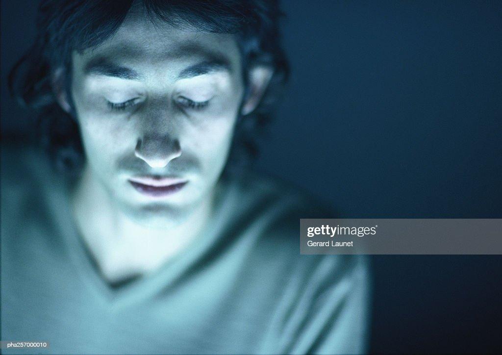 Man, closed eyes, portrait : Stockfoto