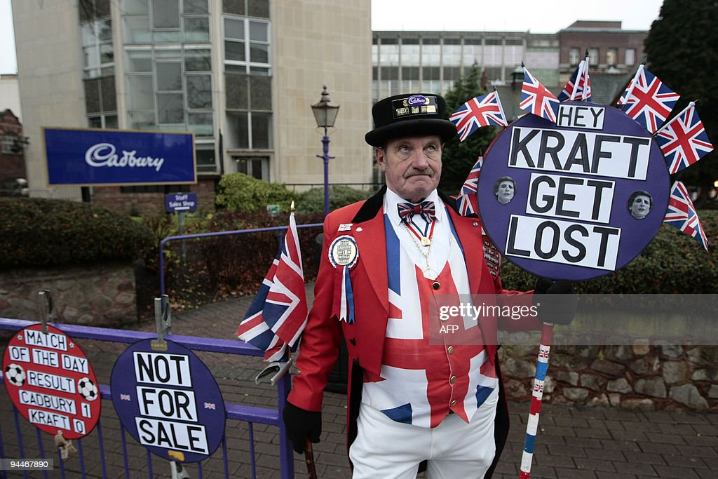 A man dressed as a John Bull character h : News Photo