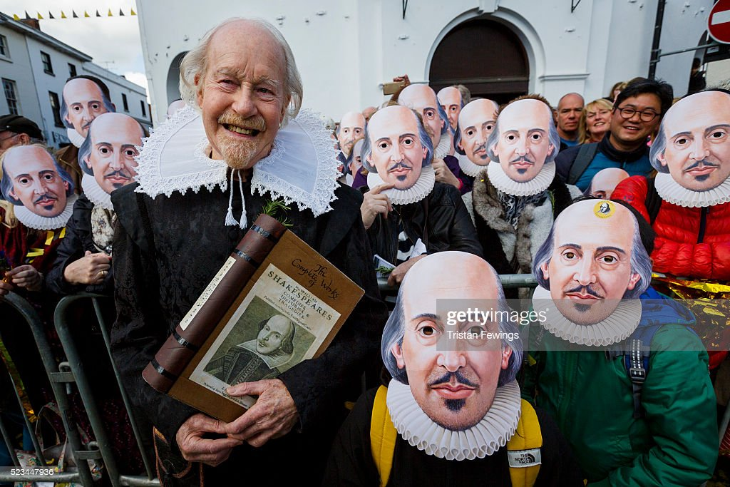 The Anniversary Of Shakespeare's Death Is Commemorated In Stratford-Upon-Avon : News Photo