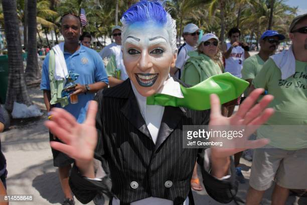 A man dressed as Zero the Mime at the ECOMB Big Sweep