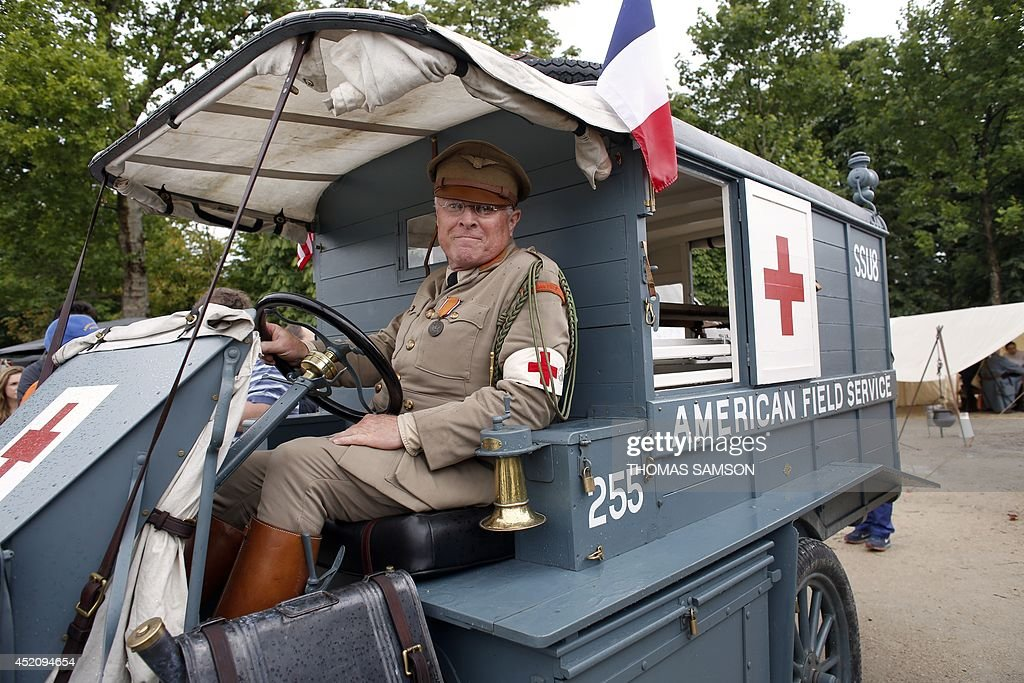 FRANCE-HISTORY-WAR-WWI-CENTENARY-RECONSTITUTION : News Photo