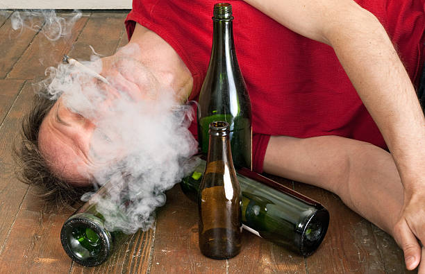 alcohol and smoking essay These disorders are strongly associated with substance abuse and drinking and smoking alcohol use is also higher among men and women in military service.