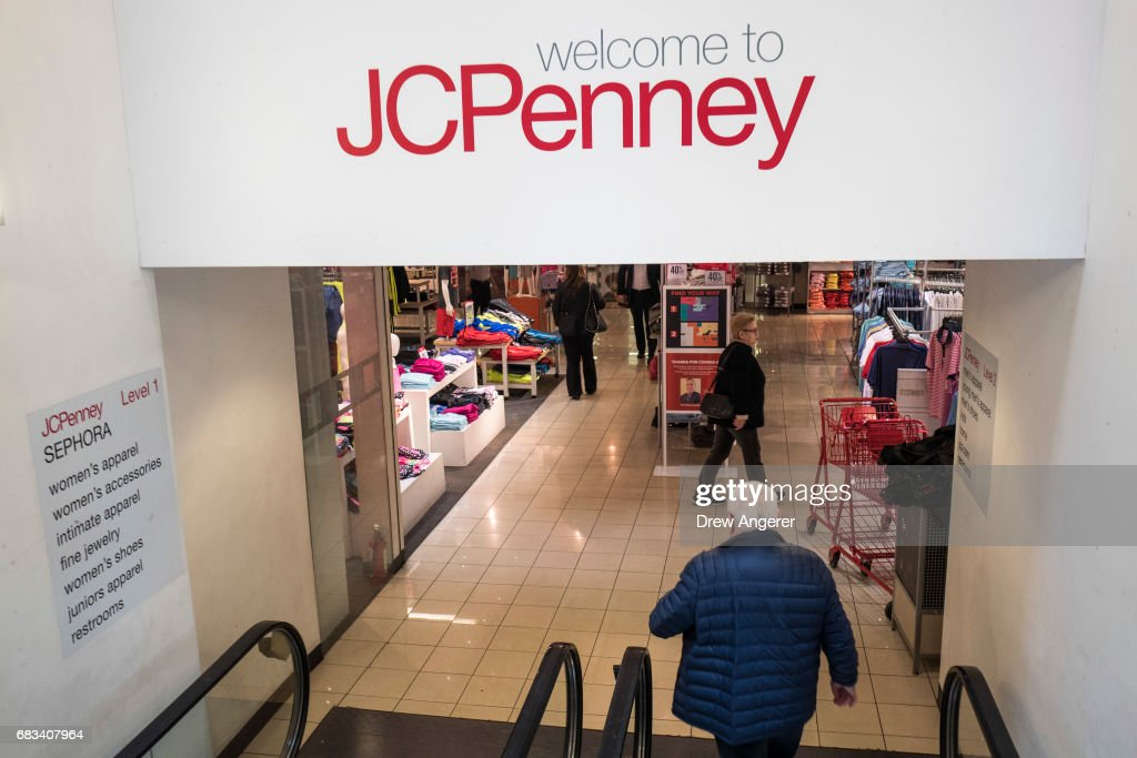 b9f091366 JC Penney Stock Plunges After Poor Q1 Earnings Report   News Photo