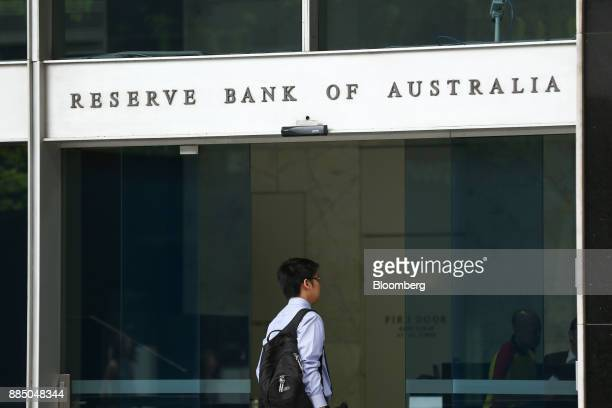 A man enters the Reserve Bank of Australia headquarters in Sydney Australia on Monday Dec 4 2017 Australia's central bank is on track for its longest...
