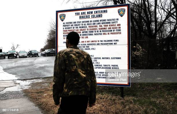 A man enters the rod to Rikers Island on March 31 2017 in New York City New York Mayor Bill de Blasio has said that he agrees with the fundamentals...