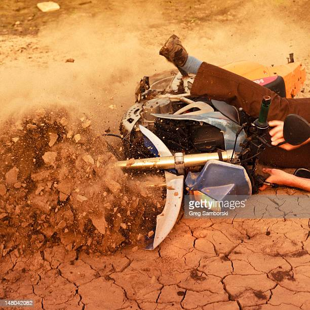 man falling on dirtbike - motorcycle accident stock pictures, royalty-free photos & images