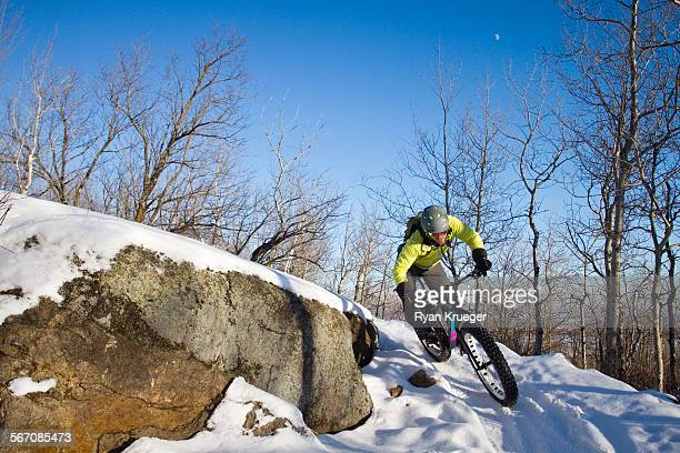 man fatbiking - duluth minnesota stock pictures, royalty-free photos & images