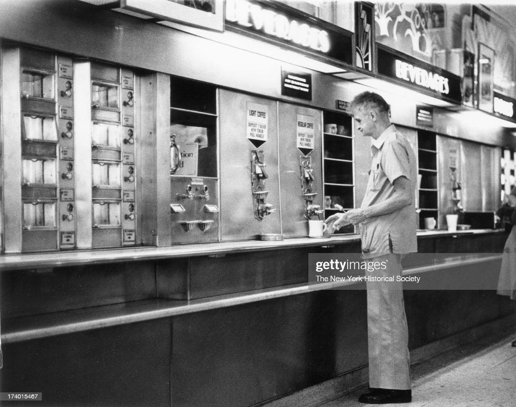 The Horn & Hardart Automat Cafeteria : News Photo
