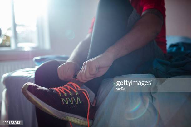 man getting ready for a workout - morning stock pictures, royalty-free photos & images