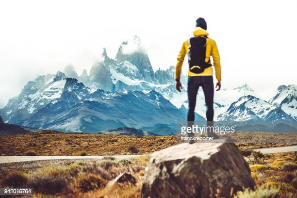man hiking at el chalten - argentina - chalten stock pictures, royalty-free photos & images