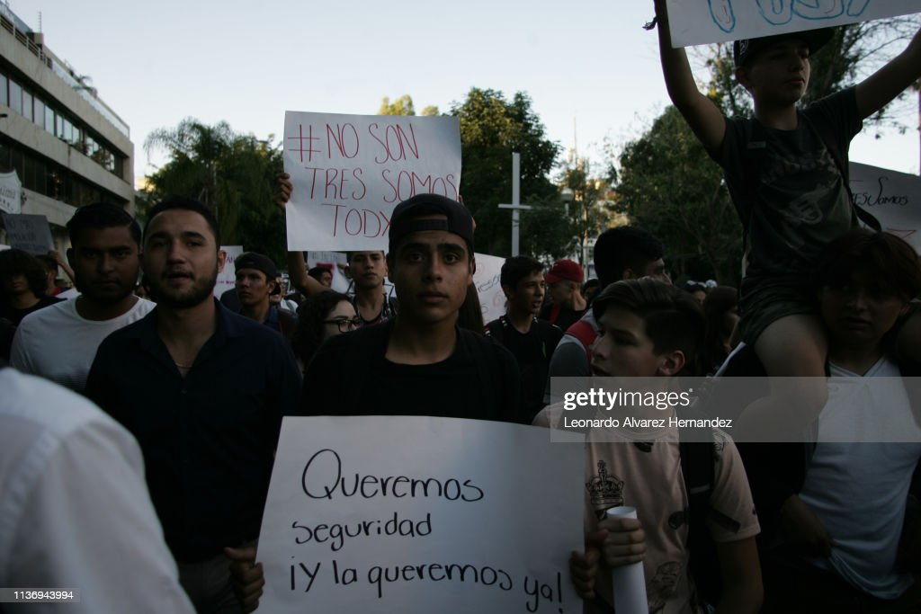 MEX: Protest In Guadalajara A Year After The Disappearance Of Three Mexican Film Students
