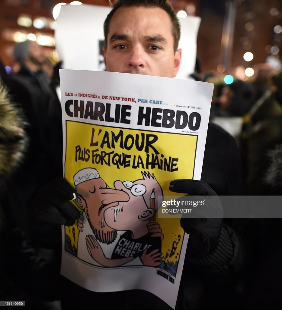 US-FRANCE-ATTACKS-MEDIA-DEMO : News Photo